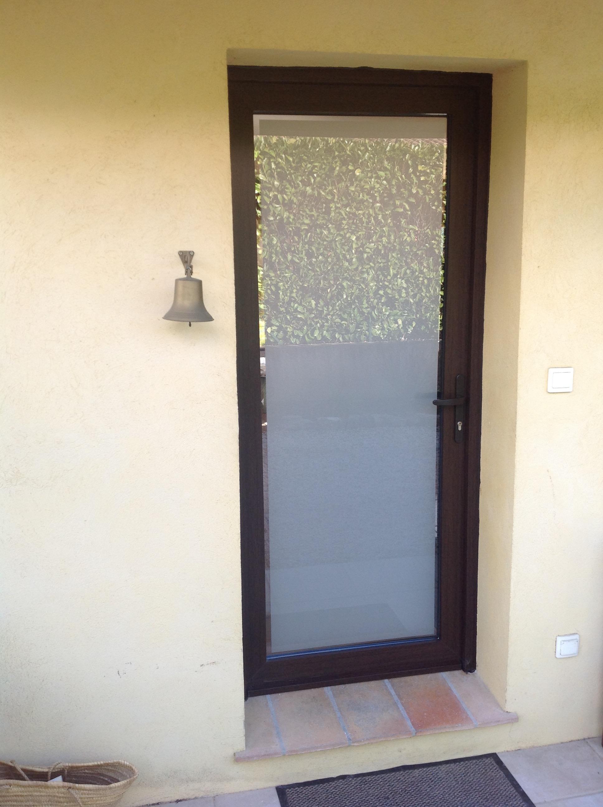 R novation porte d 39 entr e pvc grasse belimed - Porte d entree renovation pvc ...
